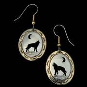 Howling Wolf Oval Earring